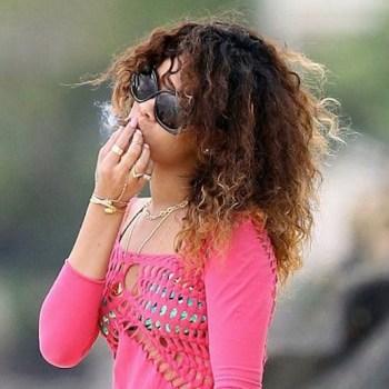 rihanna smoking week photos