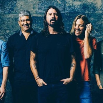 foo-fighters-2014-photo