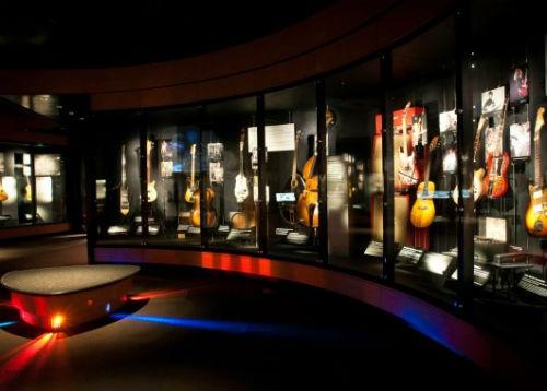 guitar_gallery_emp_museum_full