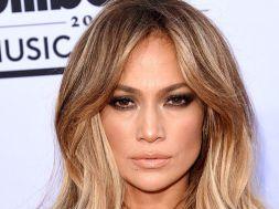 Jennifer-Lopez_894820950_8889868_667x375