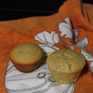 Silicon Muffin Wrapper versus Cast Iron Muffin Pan Cornbread Muffins