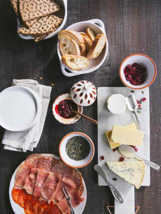 how to make the perfect party cheese board