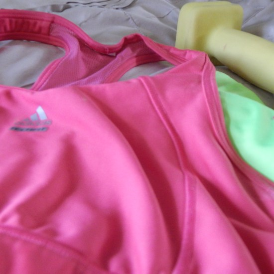 4 Workout Cheap Pieces of clothing every woman should own