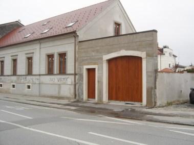 Kameni ulazni portal - Varaždin (2)