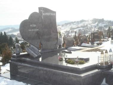 Nadgrobni spomenici (10)