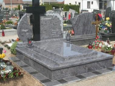 Nadgrobni spomenici (52)