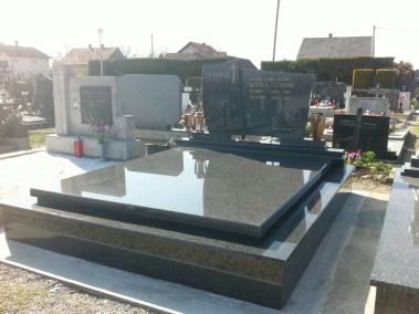 Nadgrobni spomenici (6)