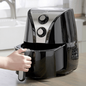 Black+Decker 2-Liter Air Fryer Just $73.99! Down From $150! PLUS FREE Shipping!