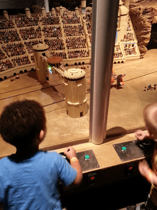 MAY THE FORCE BE WITH YOU AT LEGOLAND® DISCOVERY CENTER FOR LEGO® STAR WARS™ DAYS!