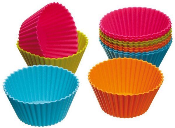 Set of 12 Silicone Cupcake Cases Only $3.51 + FREE Shipping!
