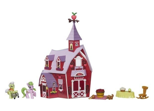 My Little Pony Friendship Is Magic Collection Sweet Apple Acres Barn Pack Was $22 Now $10!