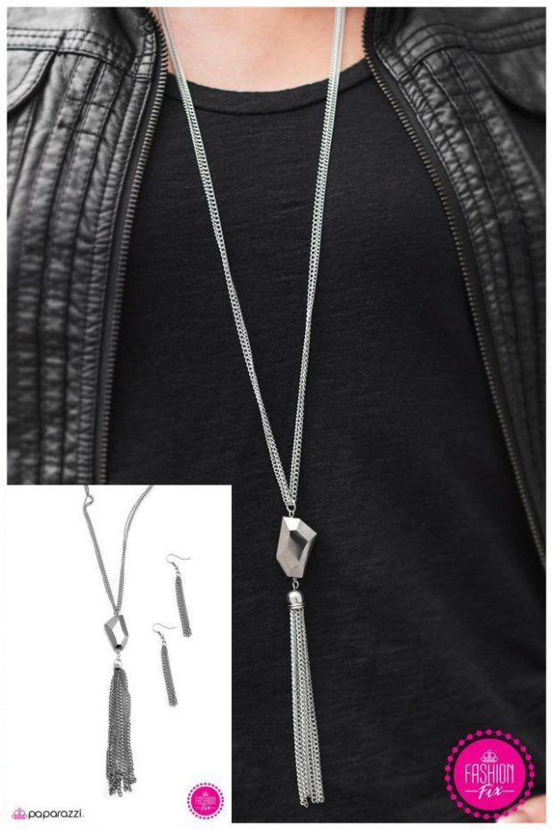 Break the Spell Necklace And Earrings Just $5!