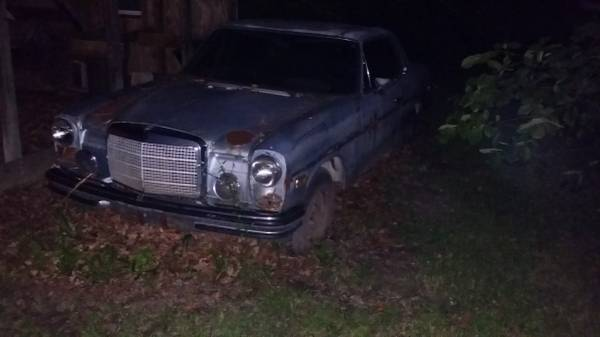Free Mercedes for sale late 60′ early 70'model – $1 (Ypsilanti, twp)