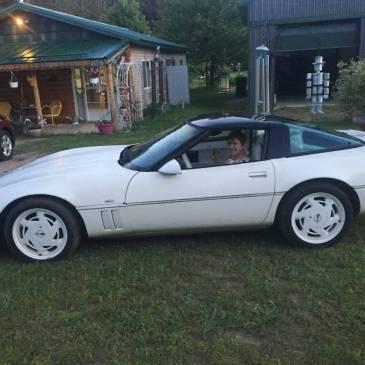 1988 Chevy Corvette garage find 38000 original miles – $6500 (Rapid city)