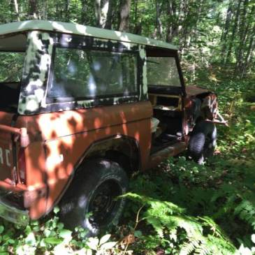 1972 Ford Bronco Sport 4×4 – $2200 (Gaylord)