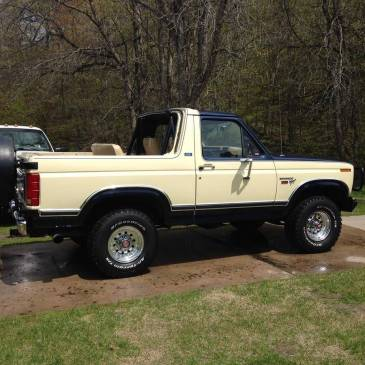 1980 Ford Bronco XLT – $9000 (Sault Sainte Marie)