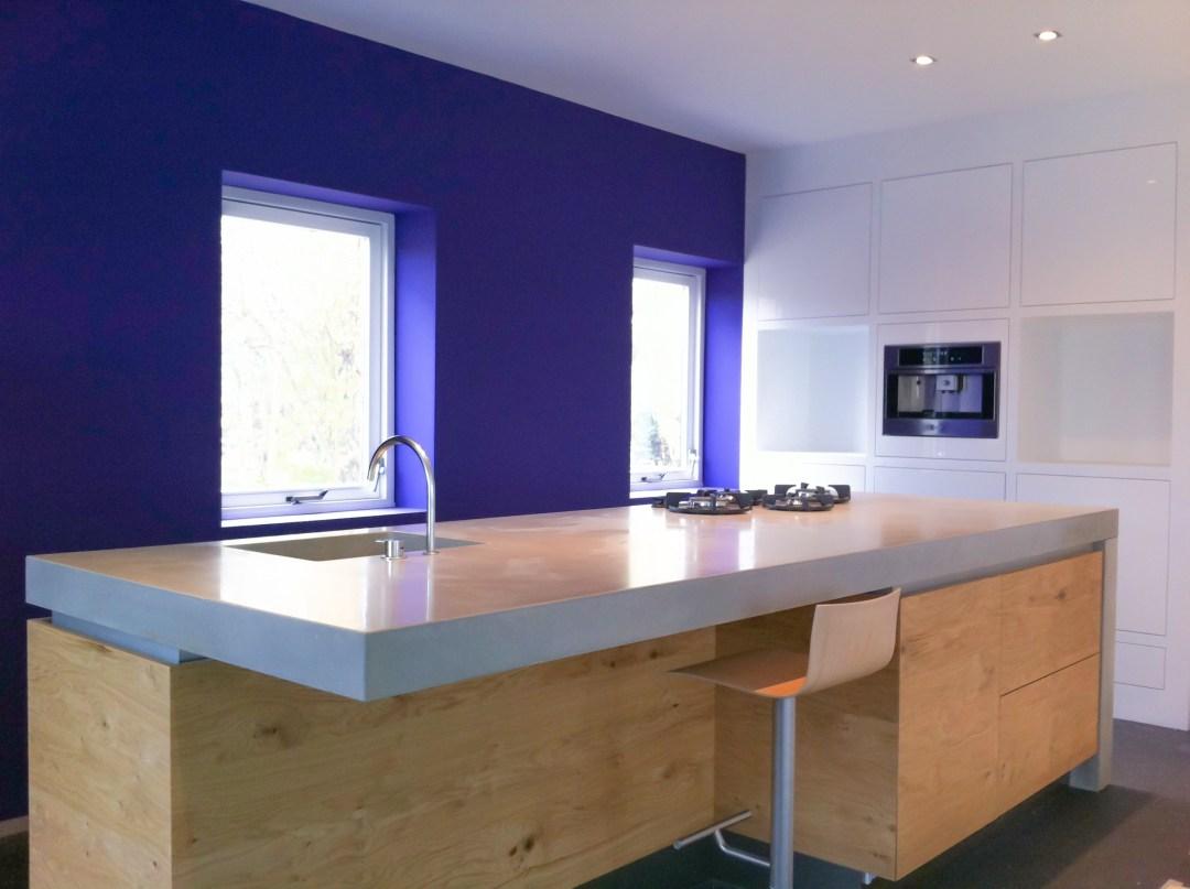 Meubel op maat: Maatwerk keuken betonnen blad eiken fronten door GrootS Interieur