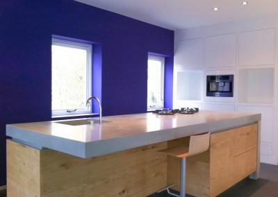 Maatwerk keuken betonnen blad eiken fronten door GrootS Interieur