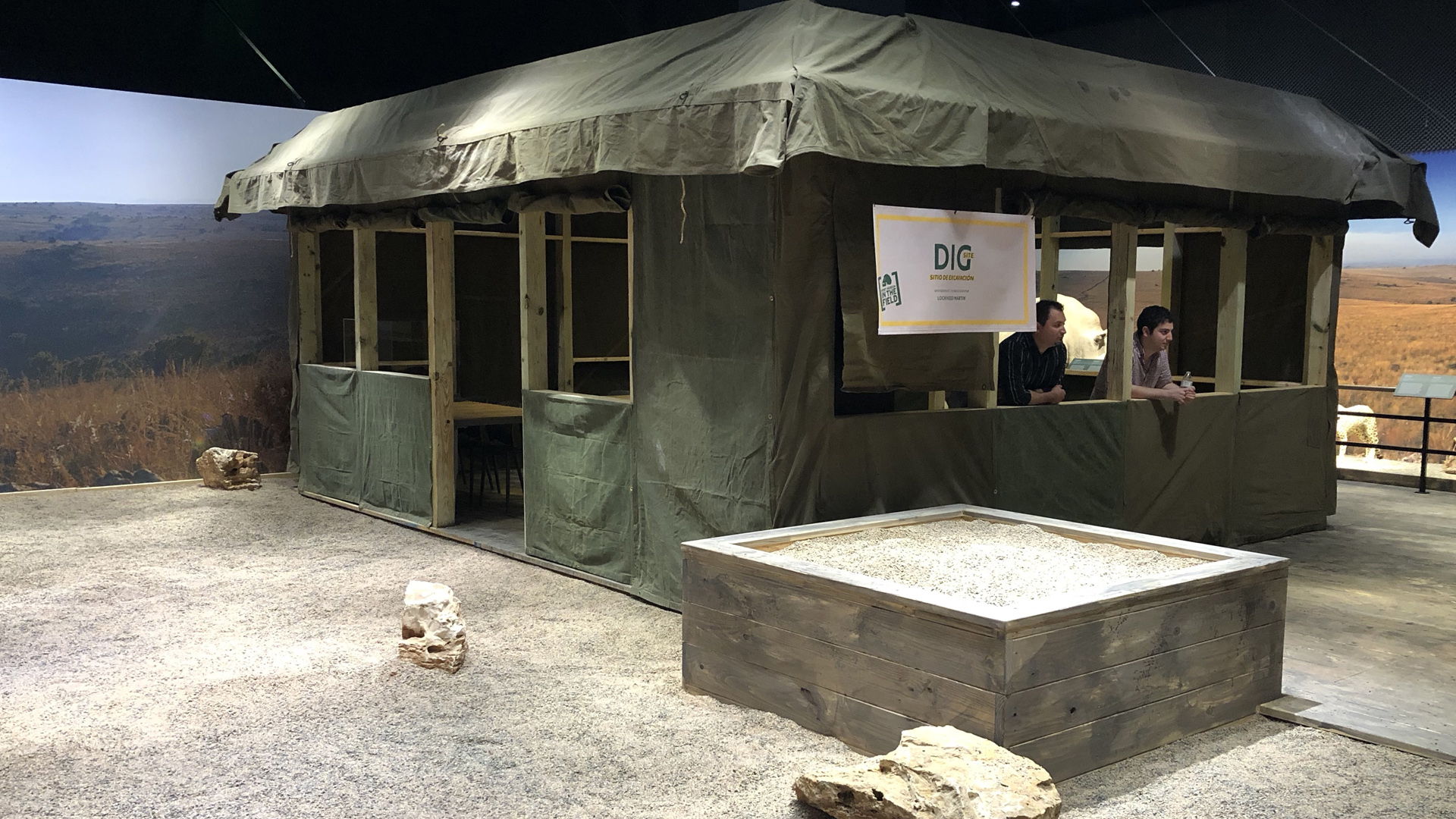 Perot Dig Tent