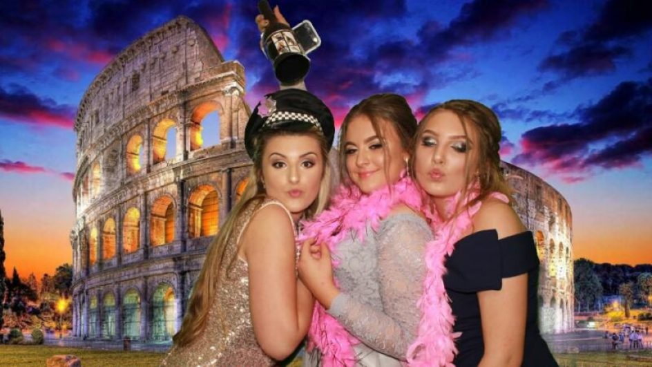 PHOTO BOOTH HIRE COST