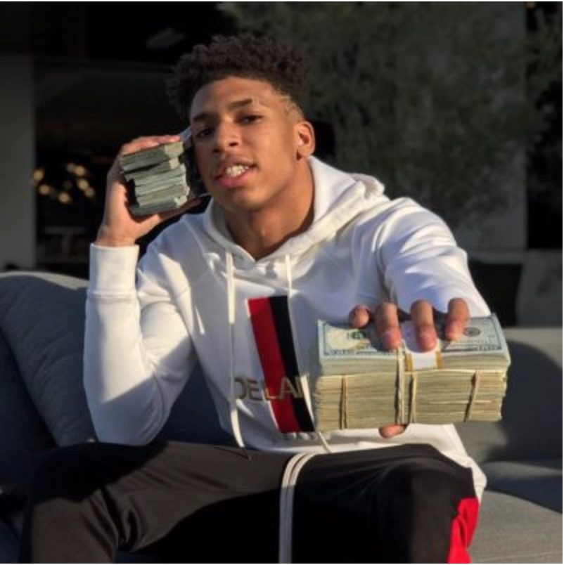 NLE Choppa Is Only 16 Years Old Amp Wants To Make Millions To Give Back Groovy Tracks