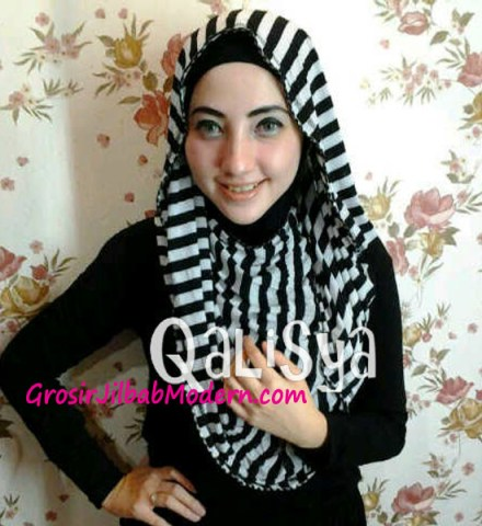 Jilbab Rooney Twist Hoodie Tile No 6