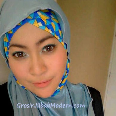 Jilbab Turban Hoodie Diane Abstrak Biru Muda