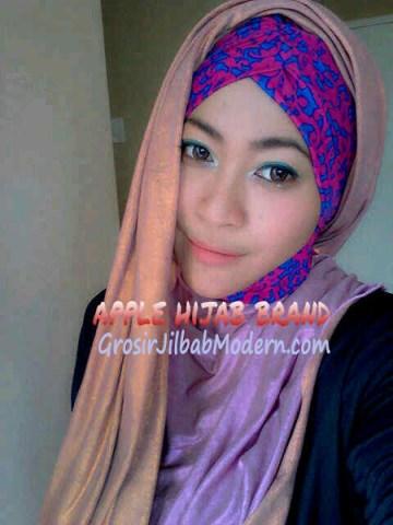 Jilbab Turban Hoodie Diane Abstrak Pink
