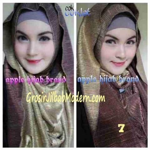 Jilbab 2 in 1 Goldee Plizt Hoodie by Apple Hijab Brand No 7 Coklat