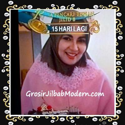 Jilbab Syar'i At Tin Exclusive Seri 1 no 4  Dipakai Kia Florita - Istri Bobby Maulana