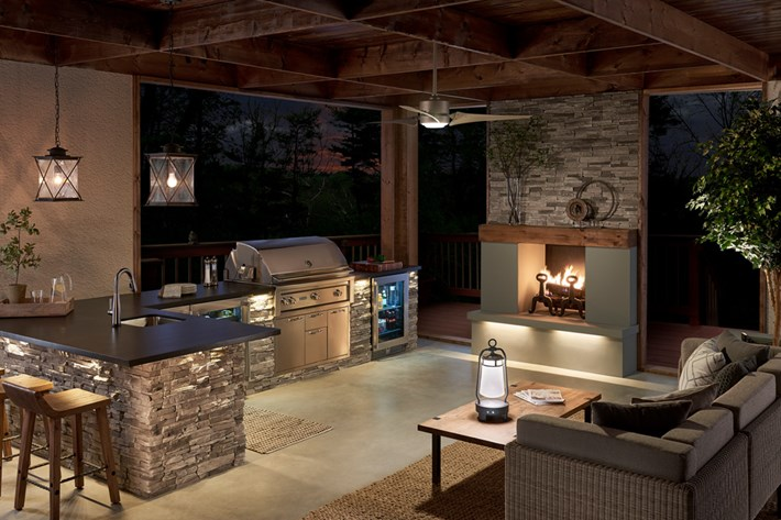 Lighting Your Outdoor Living Space - Gross Electric on Outdoor Kitchen Living Spaces id=17453