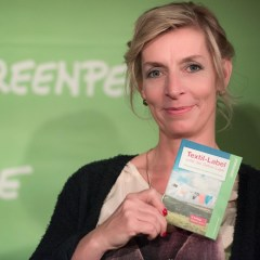 Kirsten Brodde   Greenpeace sowie Grüne Mode Blog   Foto: Kirsten Brodde / Greenpeace   GROSS∆RTIG