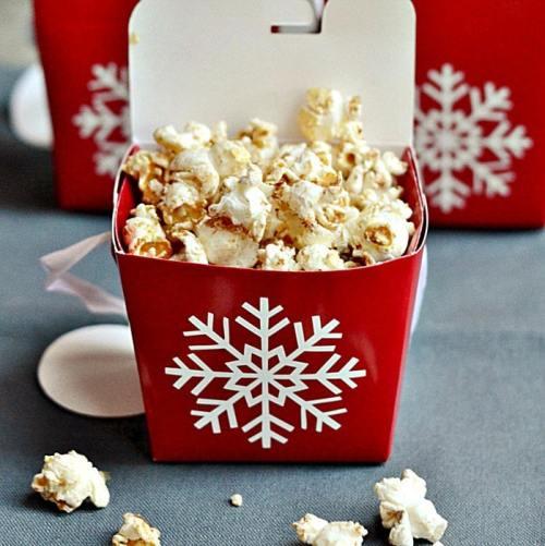 maple-gingerbread-popcorn-in-box-rfrd
