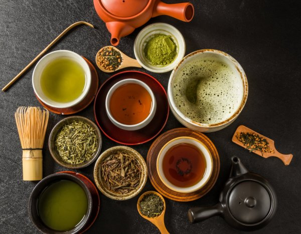 a variety of Japanese green teas