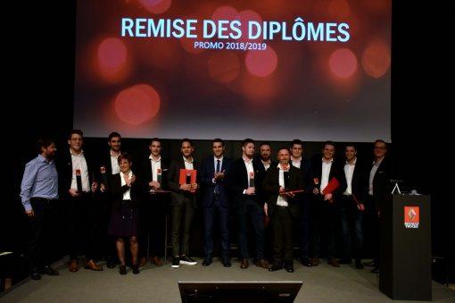 REMISE DES DIPLÔMES POUR L'ECOLE DES VENTES RENAULT TRUCKS