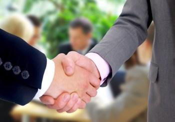 נדל'ן מסחרי- קבוצת השקעה- בניין משרדים- קניית משרד