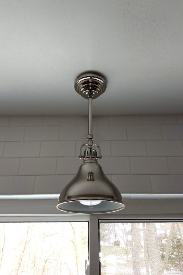 Kitchen sink pendant light fixture