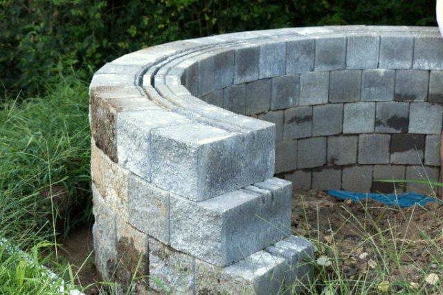 Versa-lok cobble stone DIY retaining wall