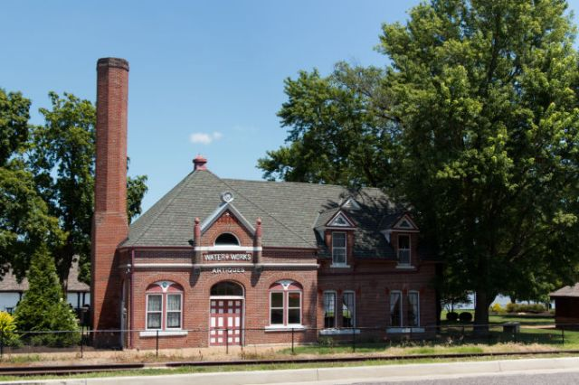 Washington, MO historic millworks building