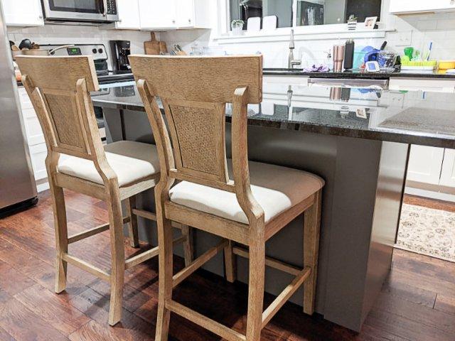 Cushioned bar stool backs