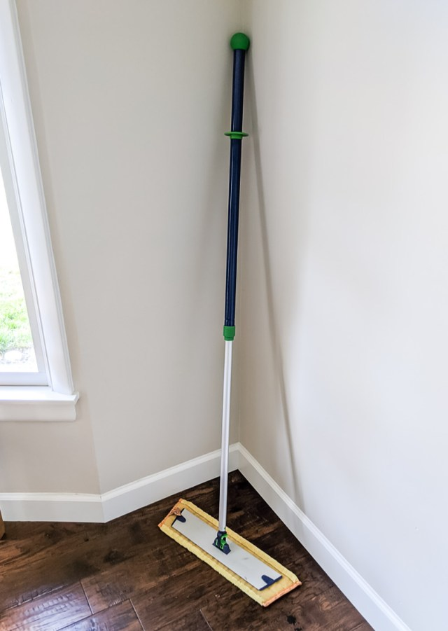 Norwex Mop System (dry mop)