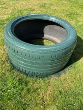 spray-painted-tyre