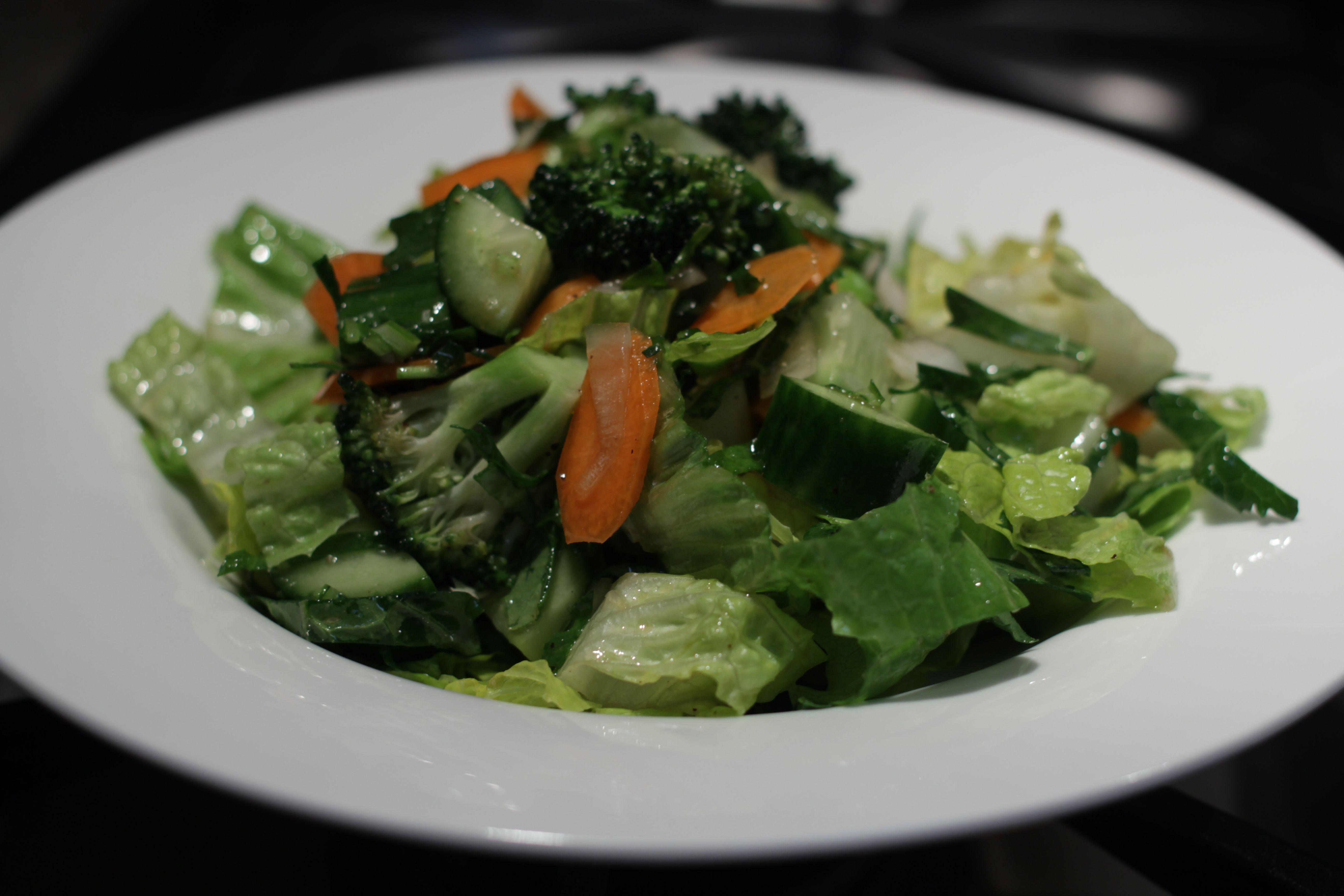 Light Garden Salad