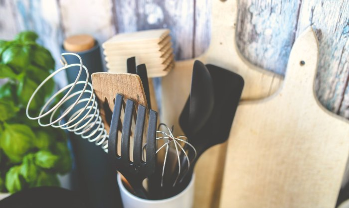 My Homestead Kitchen Wish List. The ultimate guide to items for the dream country kitchen.