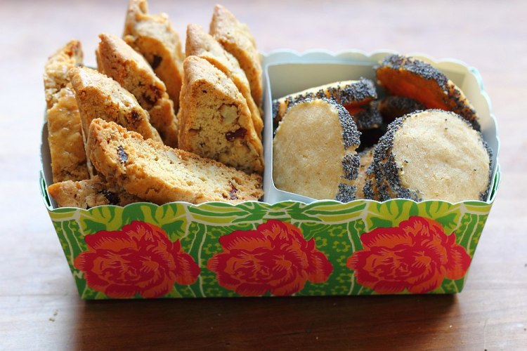 biscotti and parmesan poppy biscuits