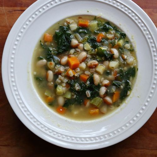 fall vegetable soup with beans and barley
