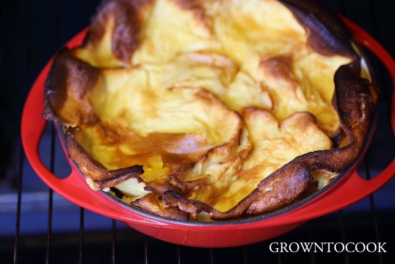 souffleed pancake with caramelized apples
