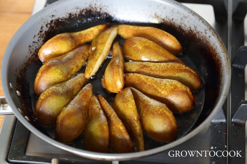 roasting the pears in butter