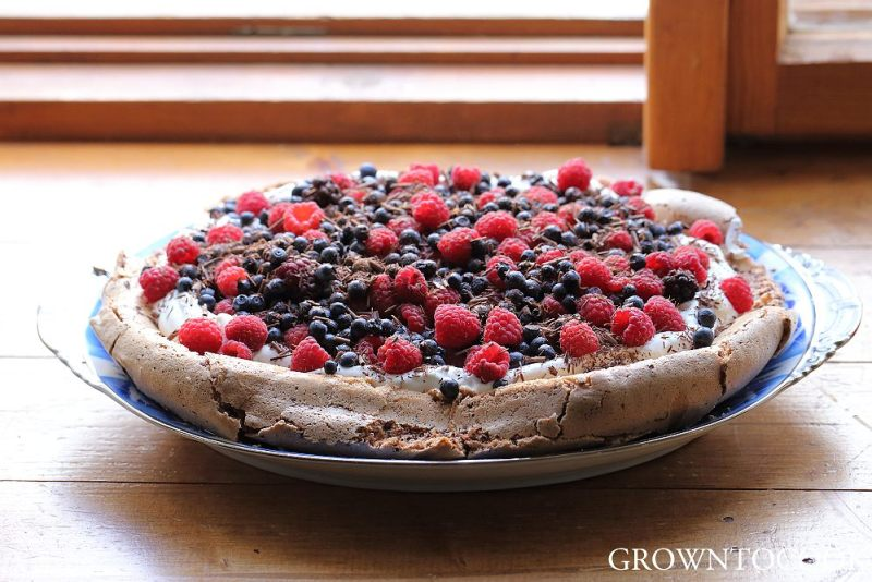 chocolate pavlova with forest fruits