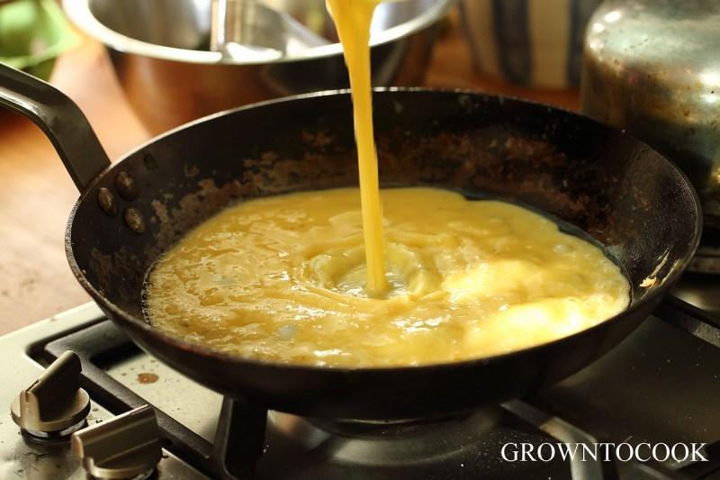 making omelette